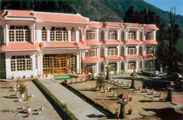Royal Palace Resort Mcleodganj
